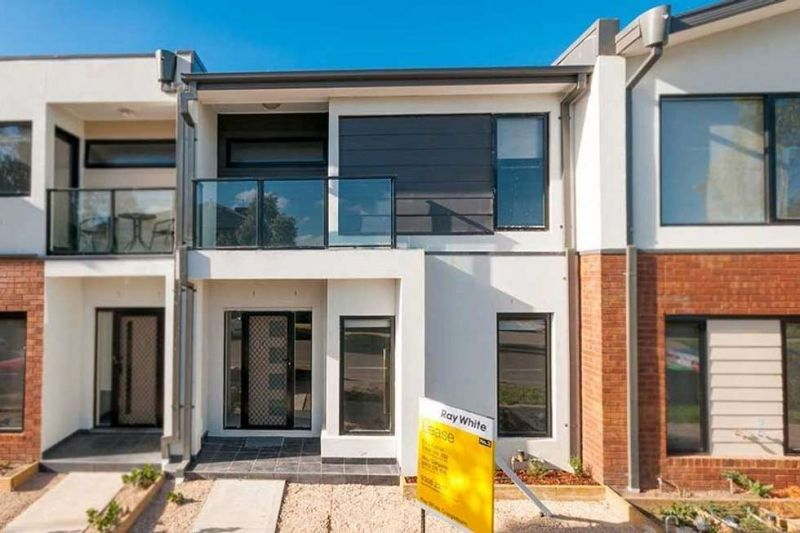 For Rent By Owner:: Craigieburn, VIC 3064