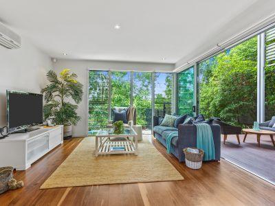 Prestige Home In Exclusive Enclave