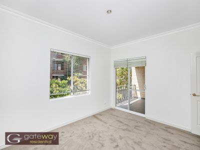 2/10 Hurstford Close, Peppermint Grove