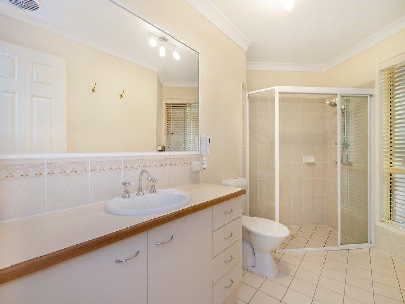 8 Cooba Place, Noosaville QLD 4566
