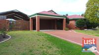 24 Burleigh Drive, Australind,WA,6230 **RECENTLY REDUCED**