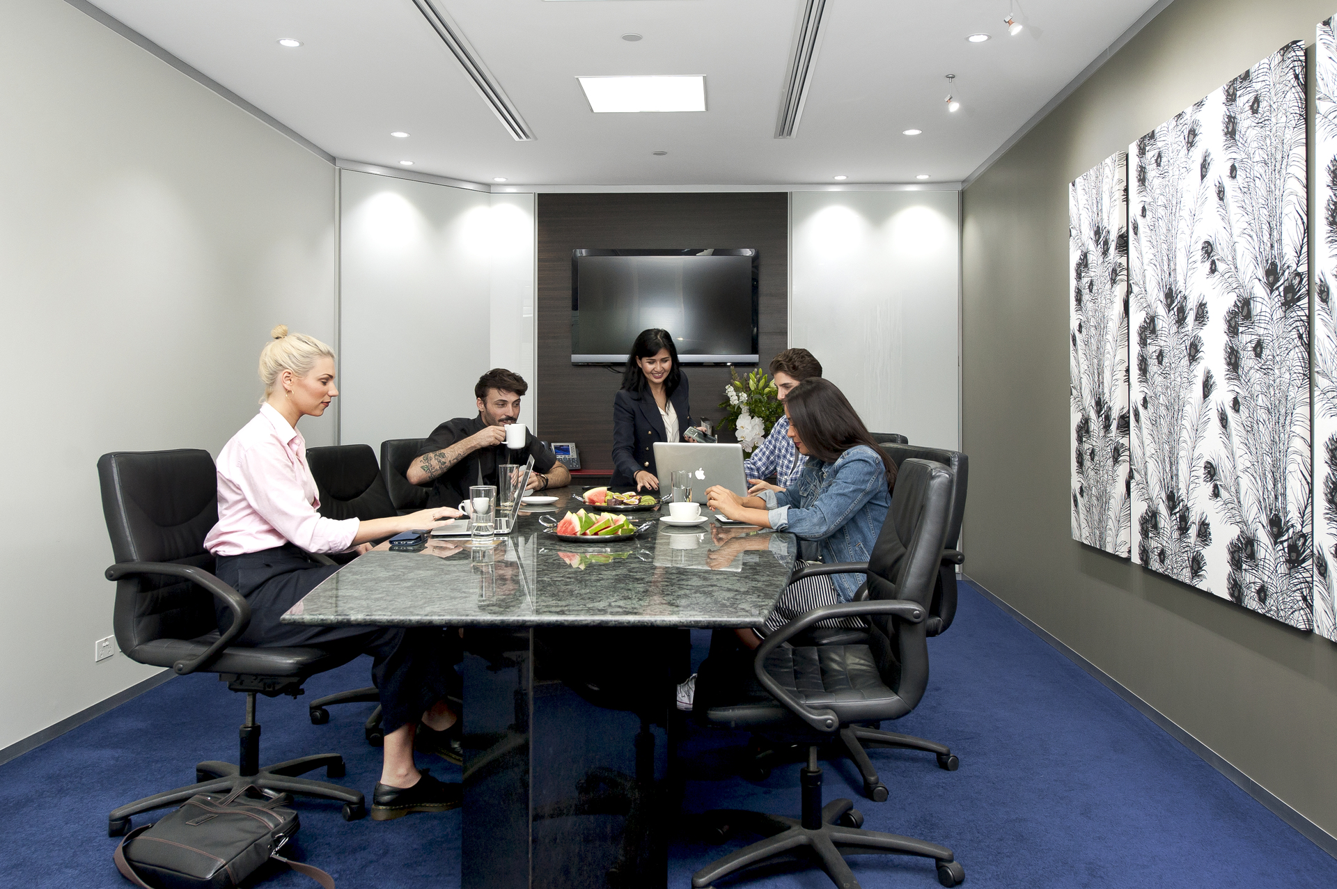 Modern 4-person workspace in the Reserve Bank Building