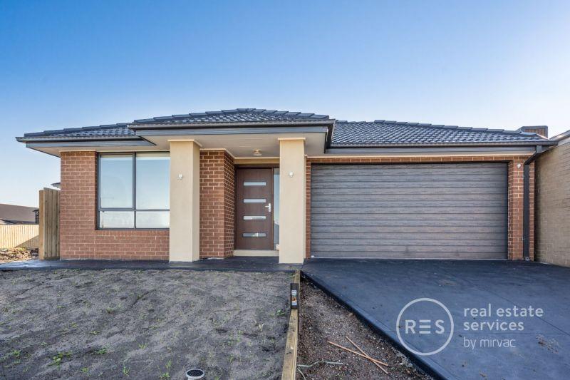 Brand new 4 bedroom home in Olivine Estate