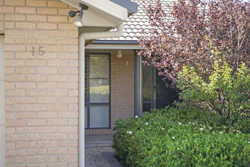 15 James House Close, Singleton