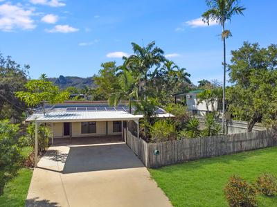 Large home, large block & Solar & Pool!