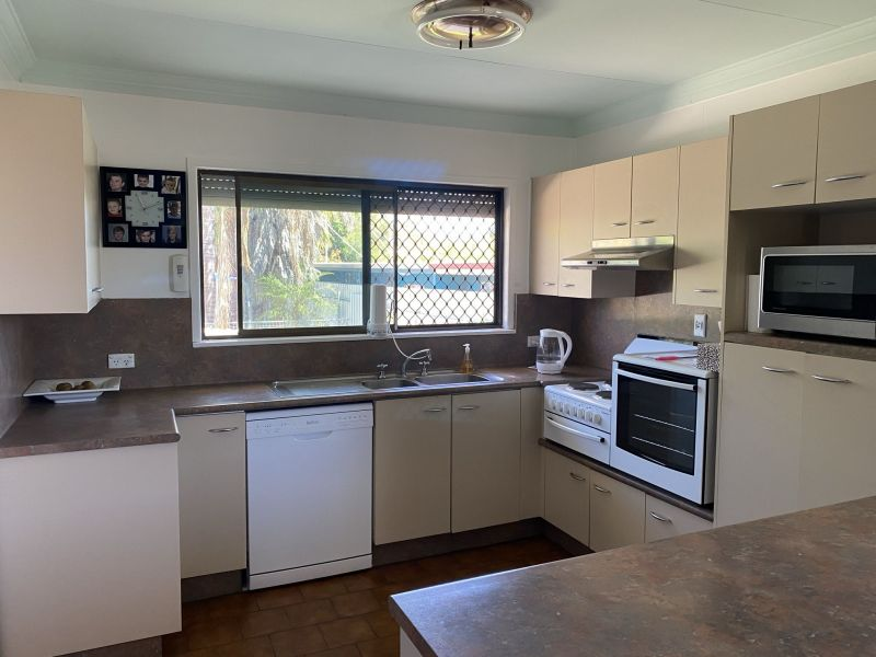 For Sale By Owner: 141 Miles Street, Winston, QLD 4825