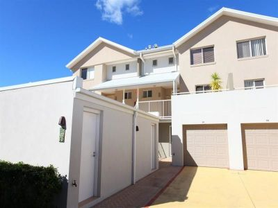 Unfurnished 1 Bedroom Villa in Gated Complex