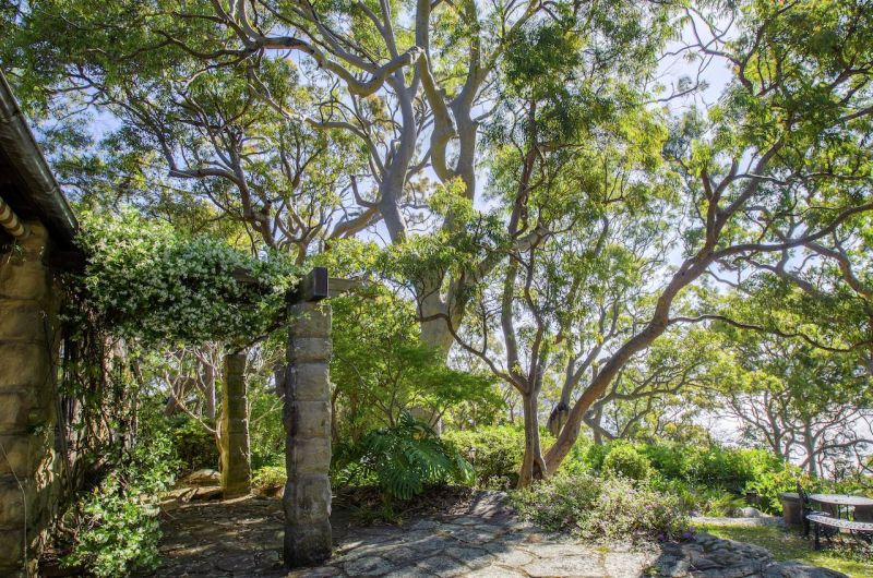 For Sale By Owner: 62 Chisholm Ave, Avalon Beach, NSW 2107