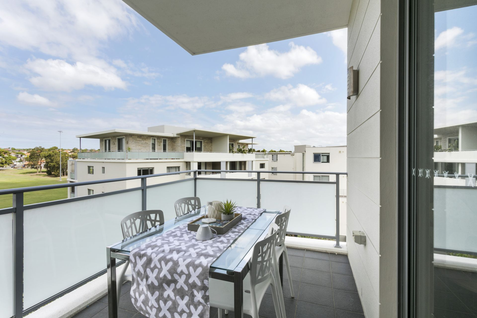 19/54a Blackwall Point Road, Chiswick