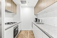 CONTEMPORARY, STYLISH AND IDEALLY LOCATED