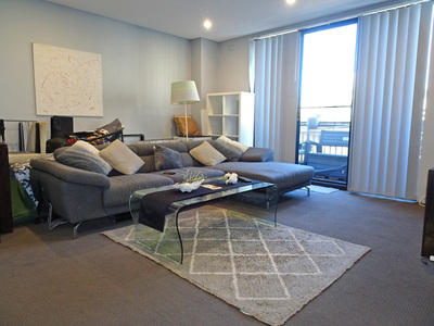 Modern Apartment with only Minutes Walk to Redfern Station!