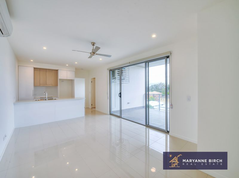 Stylish Modern Unit in Chermside - WITH ROOF TOP ENTERTAINING