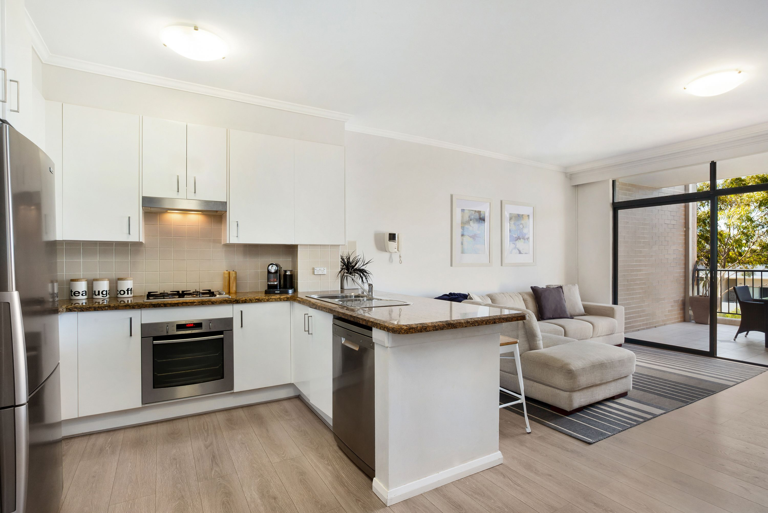 197/4 Dolphin Close Chiswick 2046