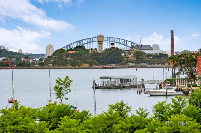 Resort-style living on the shores of Drummoyne Bay