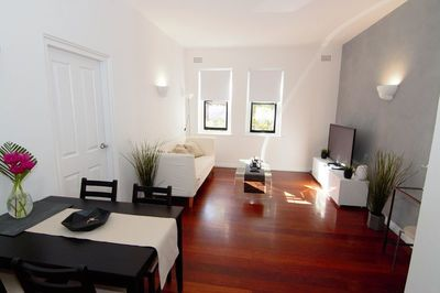 Spacious 1 Bedroom Apartment, Minutes from the City!