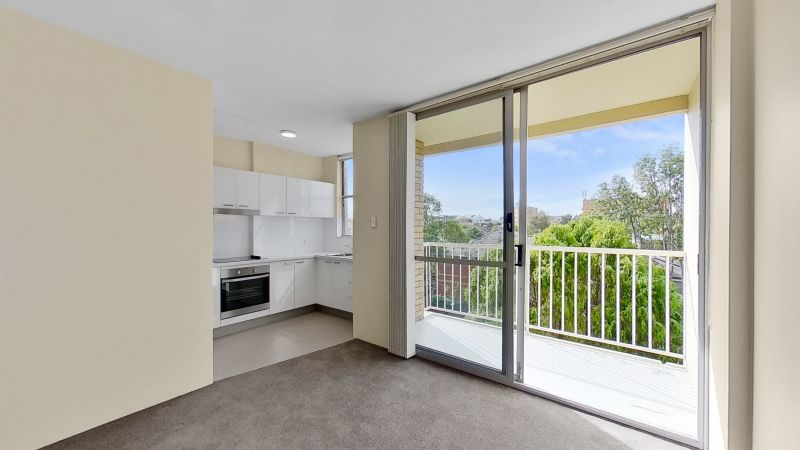 Truly Central! Renovated Unit with City and Centennial Park Views