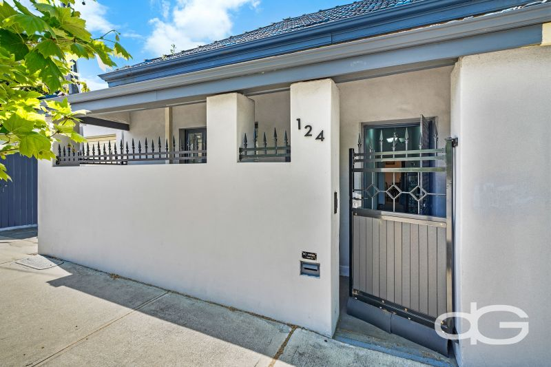 124 Hampton Road, Fremantle