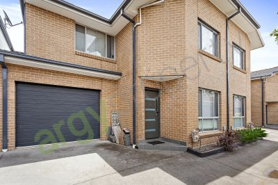Family 3 Bedroom Townhouse