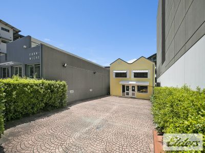 TRULY UNIQUE FREESTANDING NEWSTEAD OPPORTUNITY!