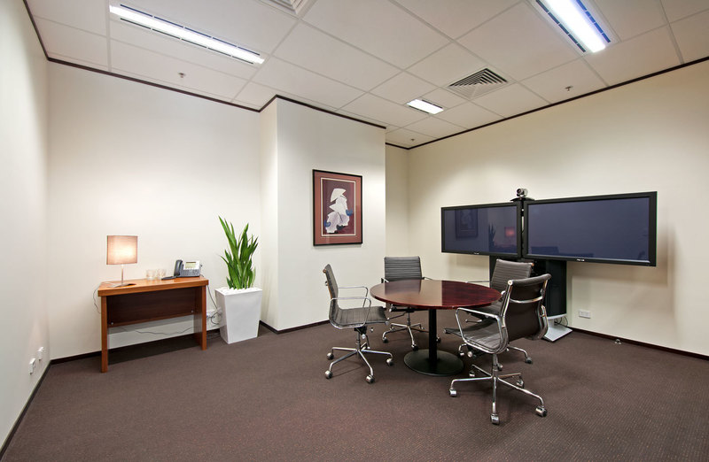 FITTED OUT WITH MORDEN DESIGN OFFICE LOCATED IN THE HEART OF CANBERRA