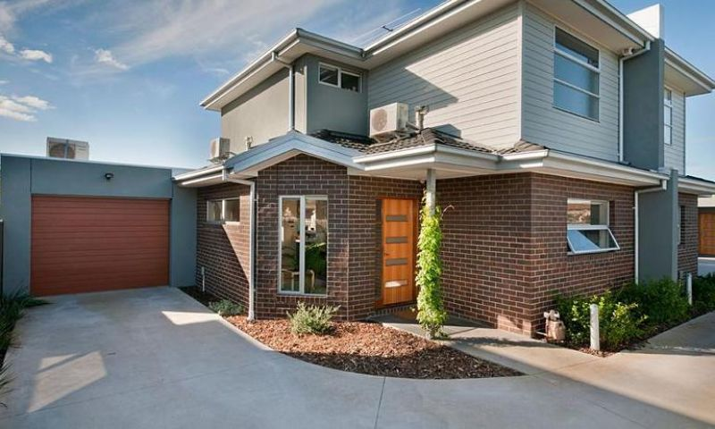 Simply Spectacular, Luxury Low Maintenance Living!