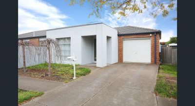 30 Kirkstone Road, Point Cook
