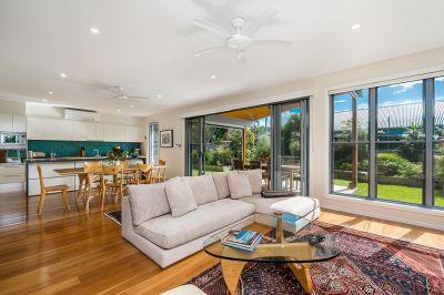 Quality, Modern Home Adjacent to Tallow Beach