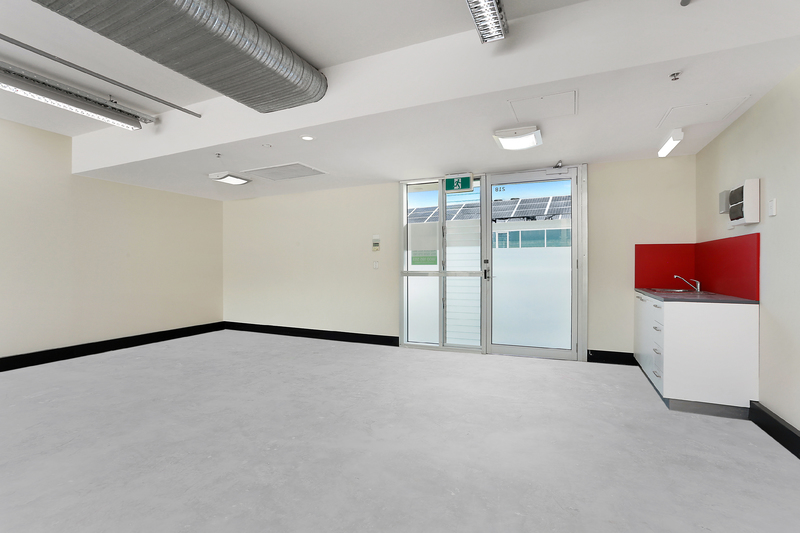 Spectacular office investment with great yield.