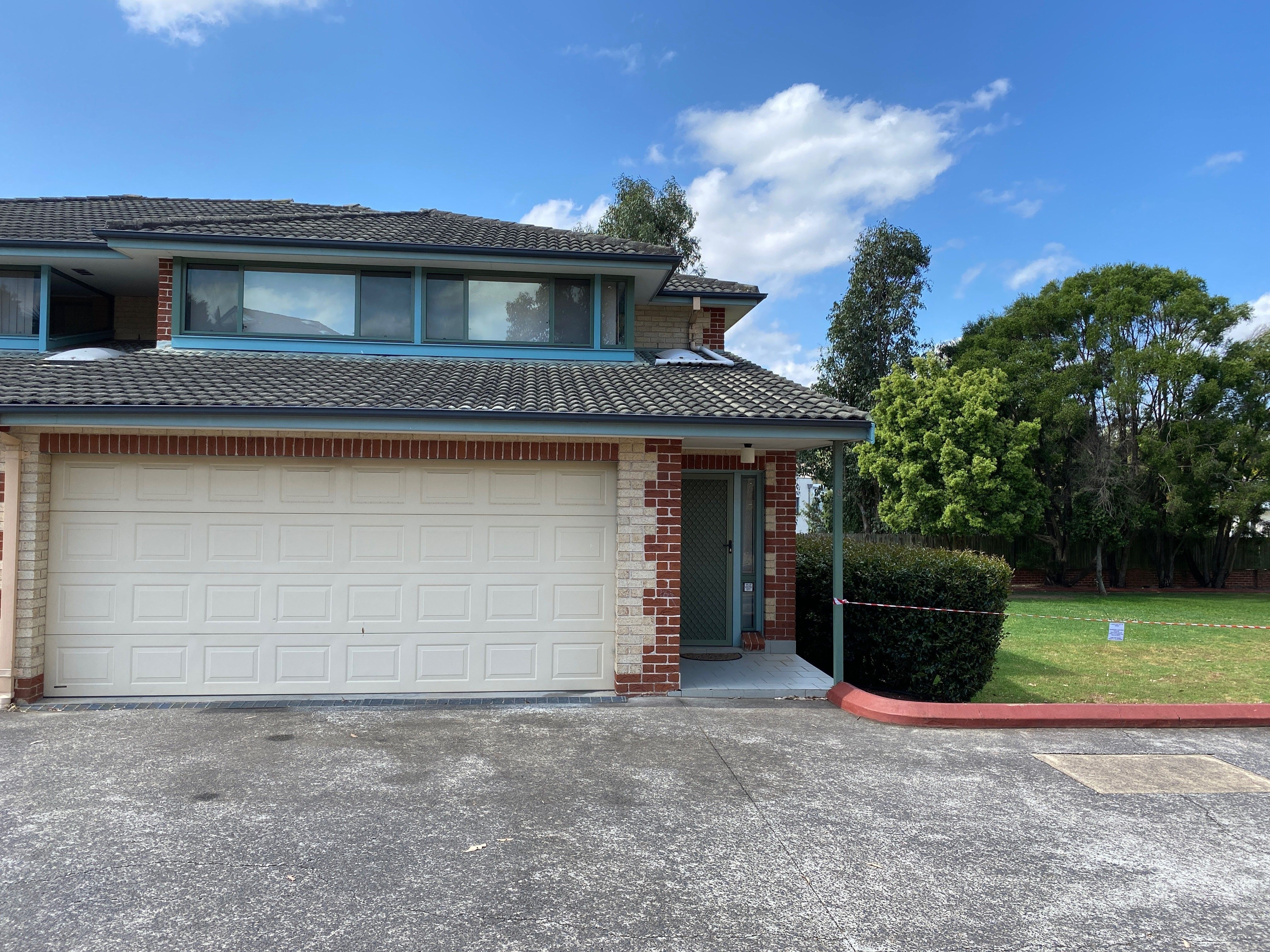8/11 Watkins Road, Baulkham Hills NSW 2153