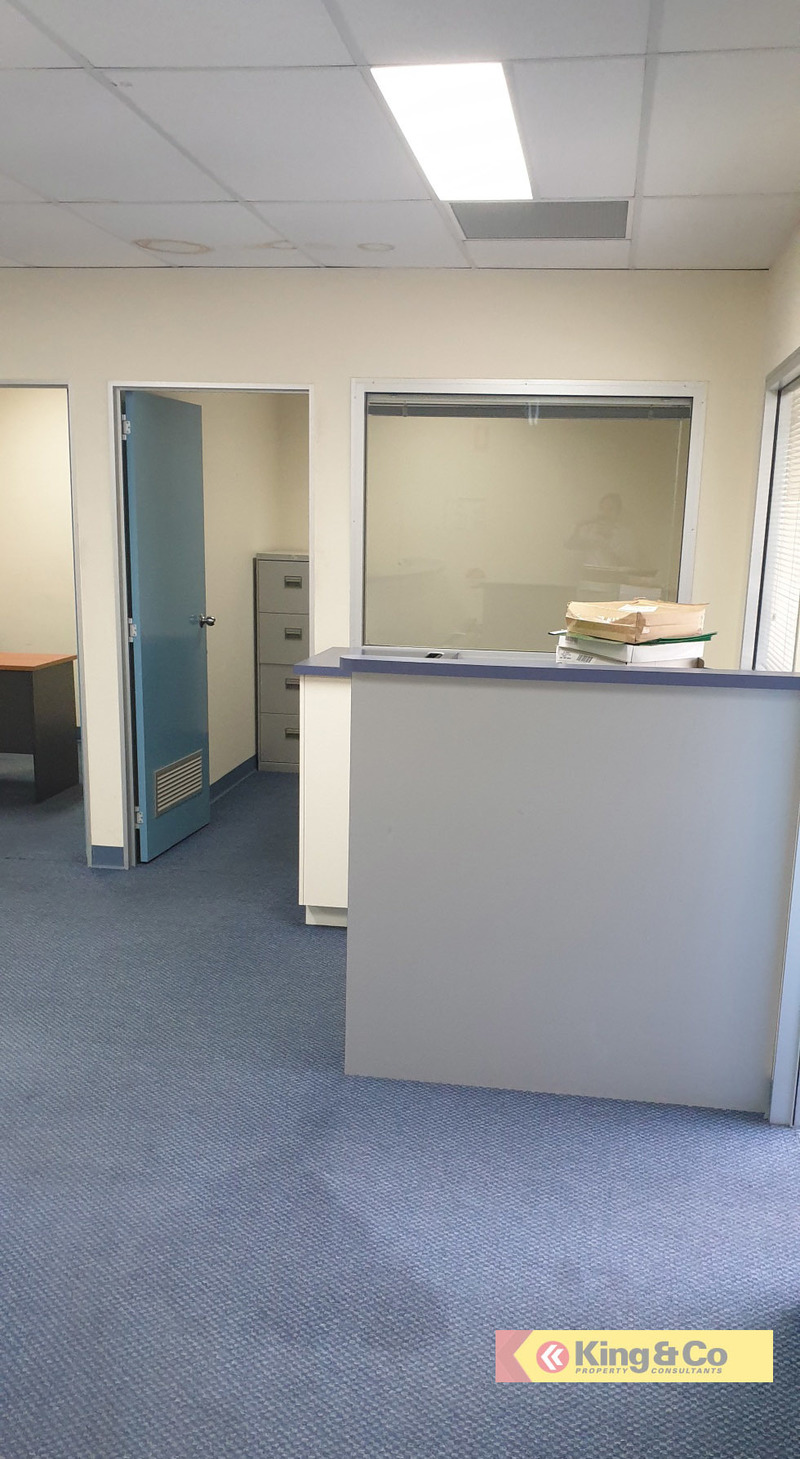 Quality Office/Showroom UNDER Market Rent!