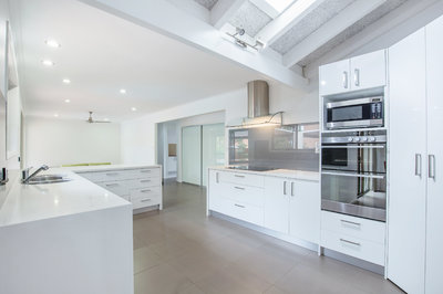 SPACIOUS RENOVATED FAMILY HOME