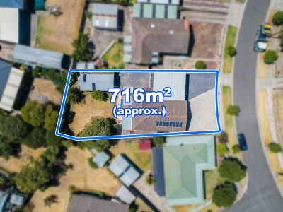 3 Bedroom Home On 716m2 (approx)