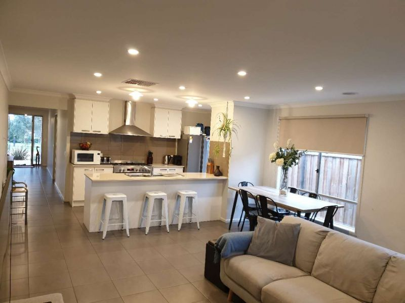 For Rent By Owner:: Berwick, VIC 3806