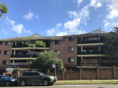 Spacious Top Floor, Two Bedroom Apartment for Lease in Bankstown close to Schools, Tafe and Shops/Shopping Mall !