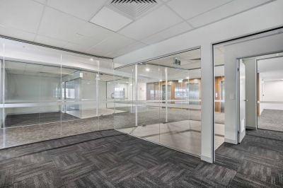OFFICE INCLUDING WELL APPOINTED FIT OUT  | MAROOCHYDORE CBD