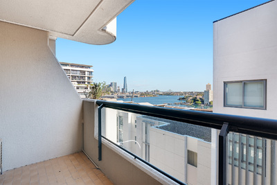 Perfectly positioned two bedroom apartment with waterviews