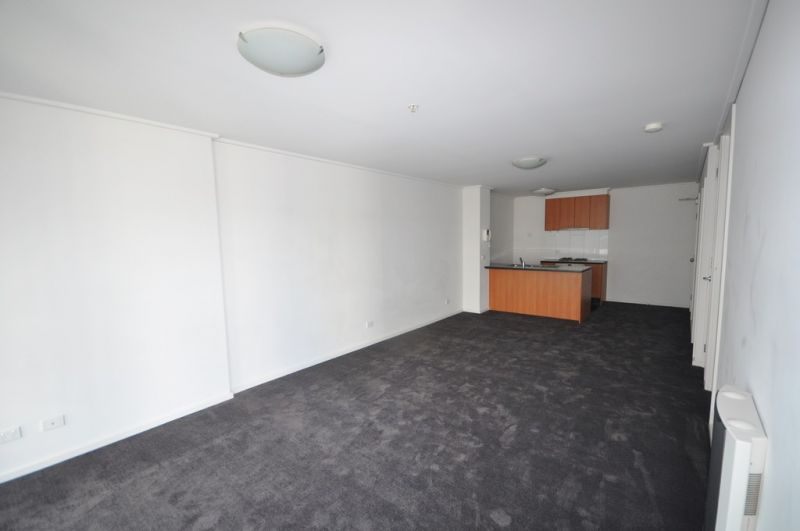 The Summit: 23rd Floor - Bright One Bedroom Apartment!
