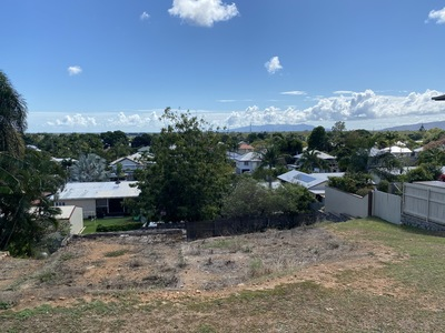 PRICE REDUCED BY $10,000 - LOOKING FOR A GOOD LOCATION & WITH VIEWS?- VENDOR WILL CONSIDER ALL OFFERS