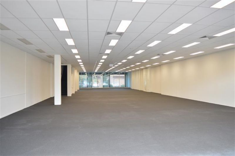 A GRADE OFFICE OR RETAIL