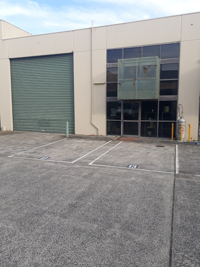 Warehouse with Office, 170m2