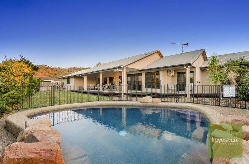 48 Monaro Circuit, Mount Louisa