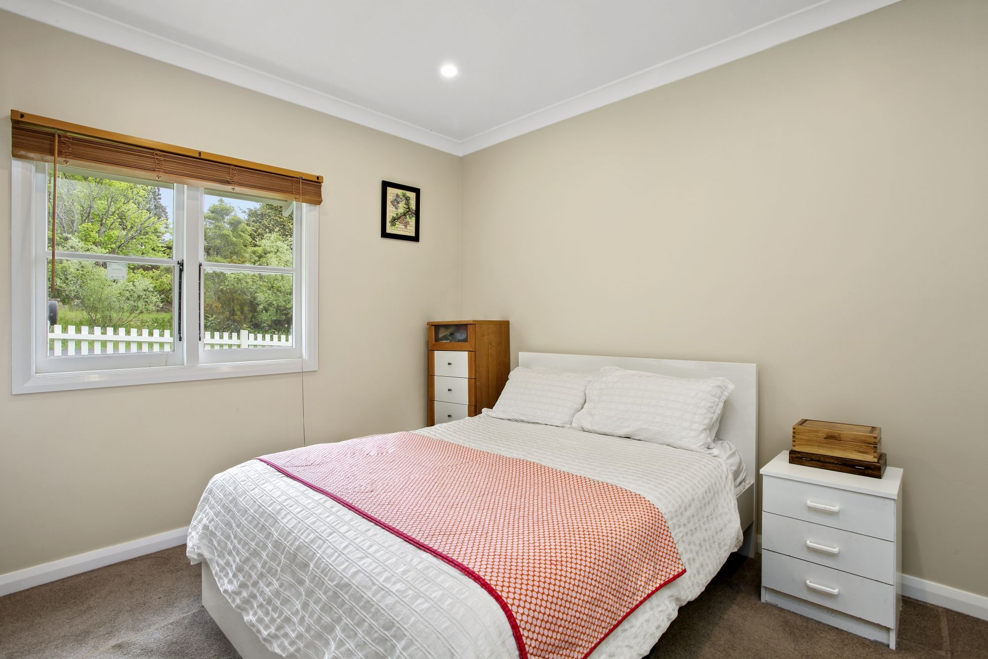 32 Hume Avenue Wentworth Falls 2782
