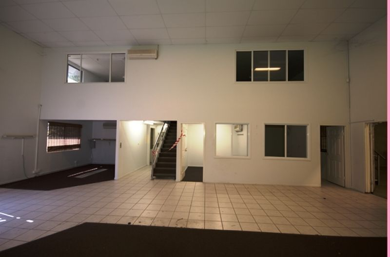 Freestanding Warehouse In Central Molendinar