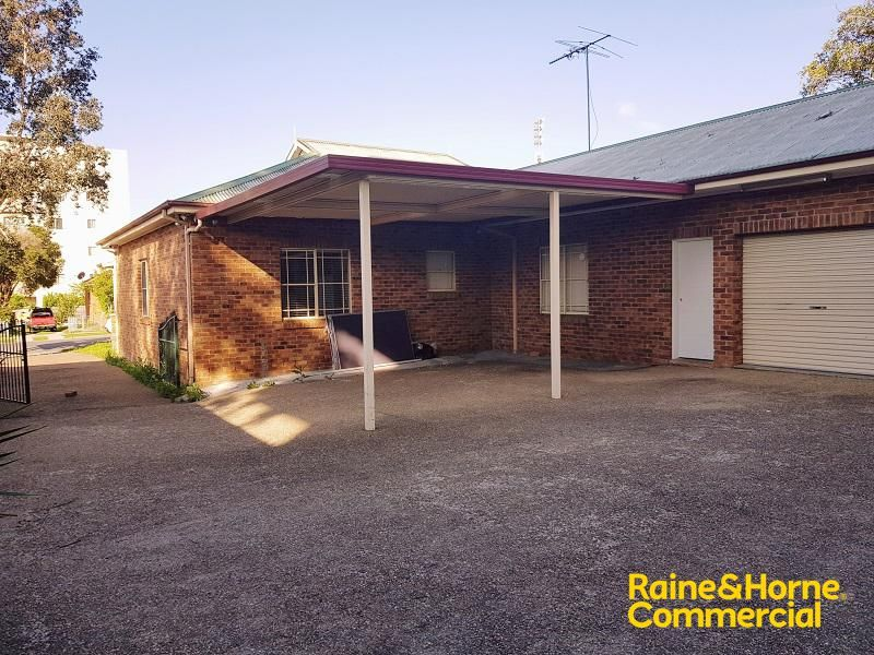 Freestanding Professional Space with on-site Car Parking