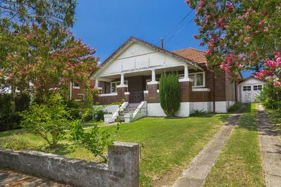 4 Wallis Avenue, Strathfield