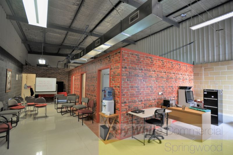 120sqm Office In Industrial Complex