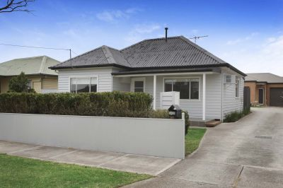 Charming weatherboard in a Blue Chip locale