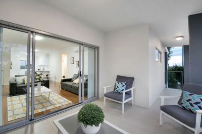 Stunning Apartment Only Minutes from the CBD