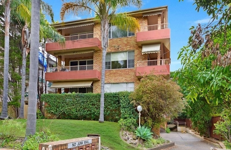 6/41-43  Albert Road , Strathfield