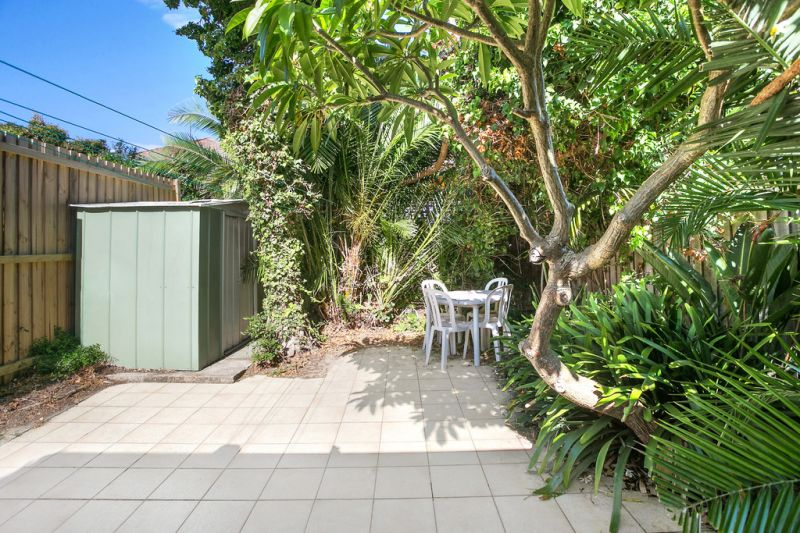 Light Filled Bondi Beach Home With Undeniable Potential